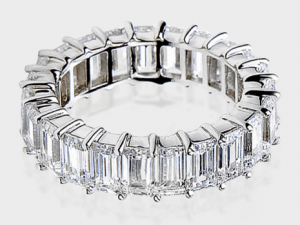 Jewelry Stores 7ct Emerald Cut Band