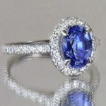 The Positives and Negatives of Jewelry Stores