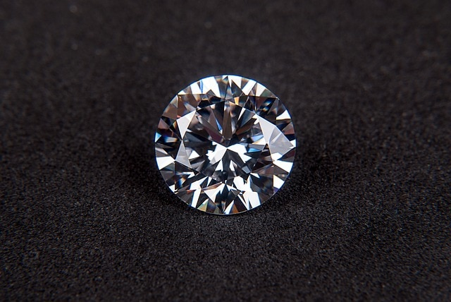 diamond-123338_640 - Conflict Diamonds