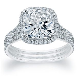 Halo Design Diamond Ring