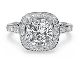 Deciding on Diamond Rings